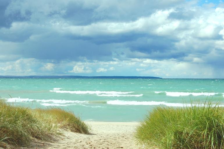lisa-goranson-lake-michigan-shoreline-is-most-beautiful-in-leland